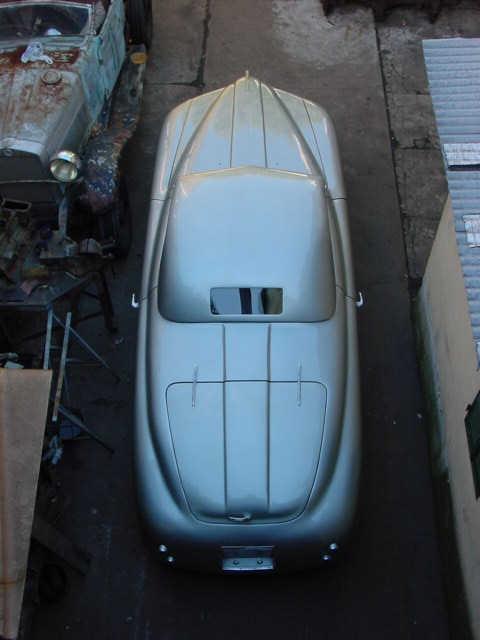 http://www.registroaprilia.it/wp-content/uploads/2016/01/Lancia_Aprilia_1946_2.jpg